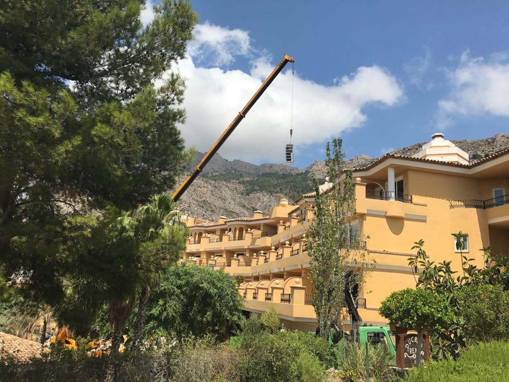 retirada maquinas aire acondicionado en altea hills hotel por union-met 3